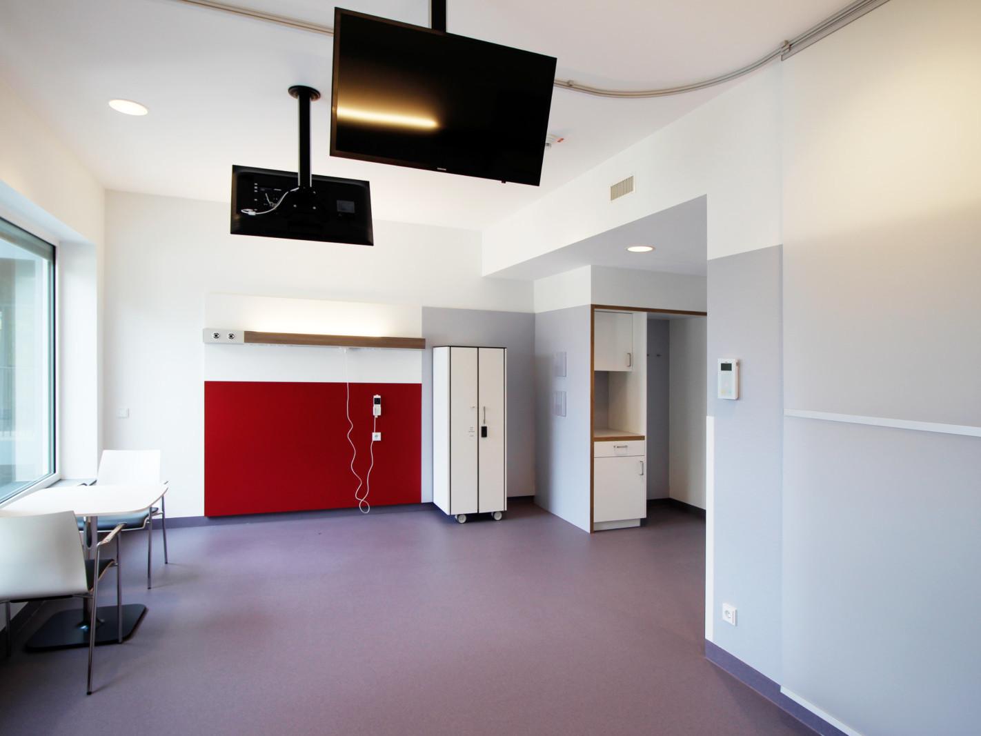 Verbindungsbau_JoHo Dortmund_GKV-Zimmer offen