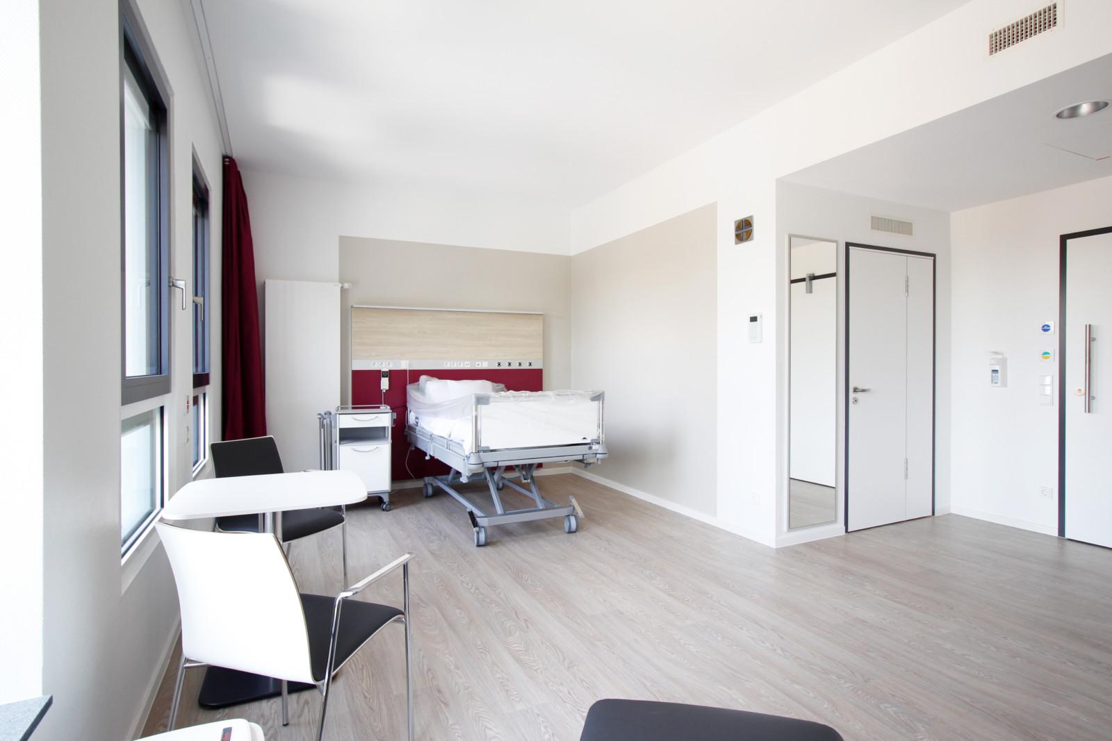 Verbindungsbau_JoHo Dortmund_PKV-Zimmer 2